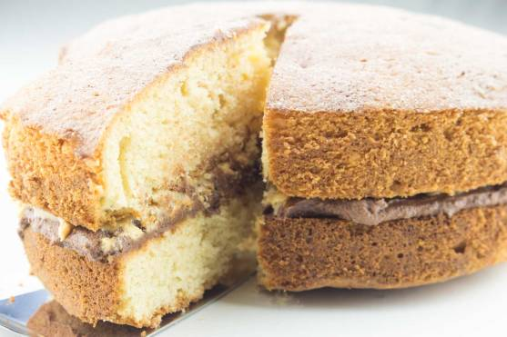 Peanut-Butter-cake-cut-RoseHartSweets