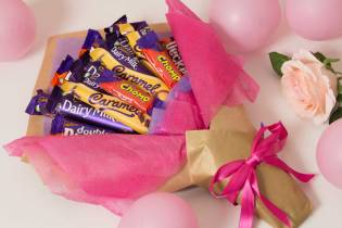 Pink-Chocolate-Bouquet-RoseHatSweets