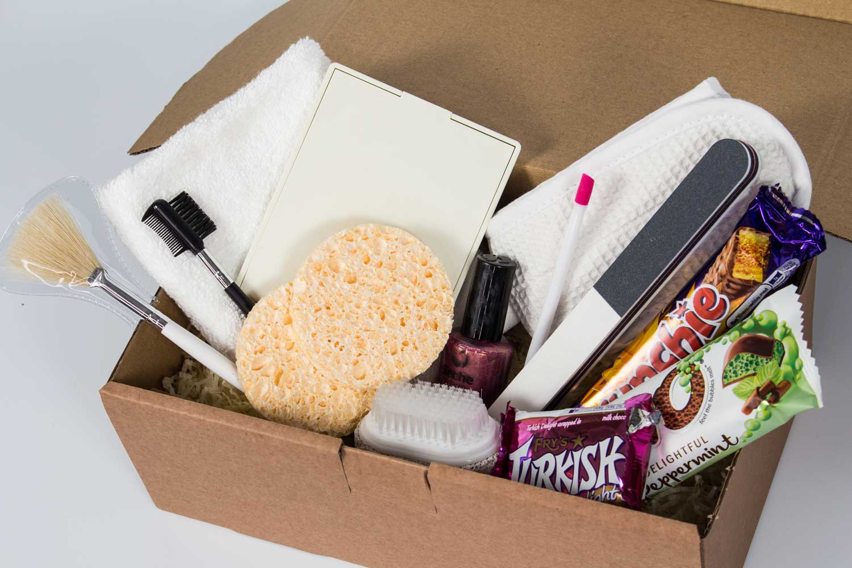 medium-gift-box-rosehartsweets